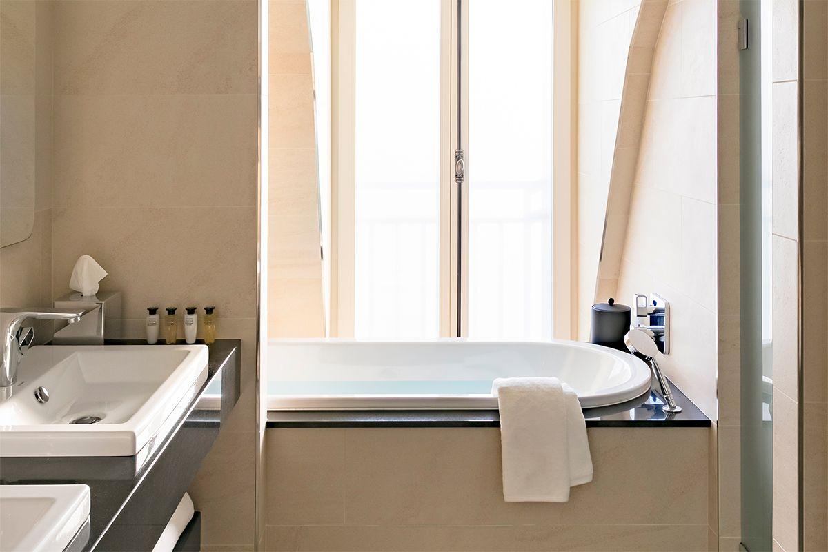 Salles De Bains Bruxelles ~ salle de bain fust album salle de bain le bonheur est dans le bois