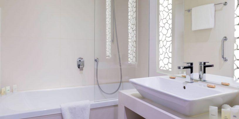 manotel-hotel-nvy-geneve-chambre-standard-06
