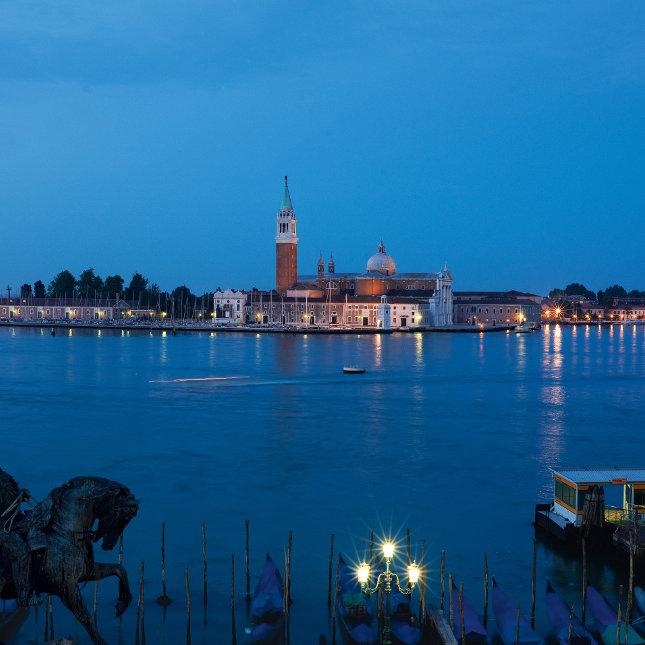 H 244 Tel Galerie Hotel Venise Relais Amp Chateaux H 244 Tel